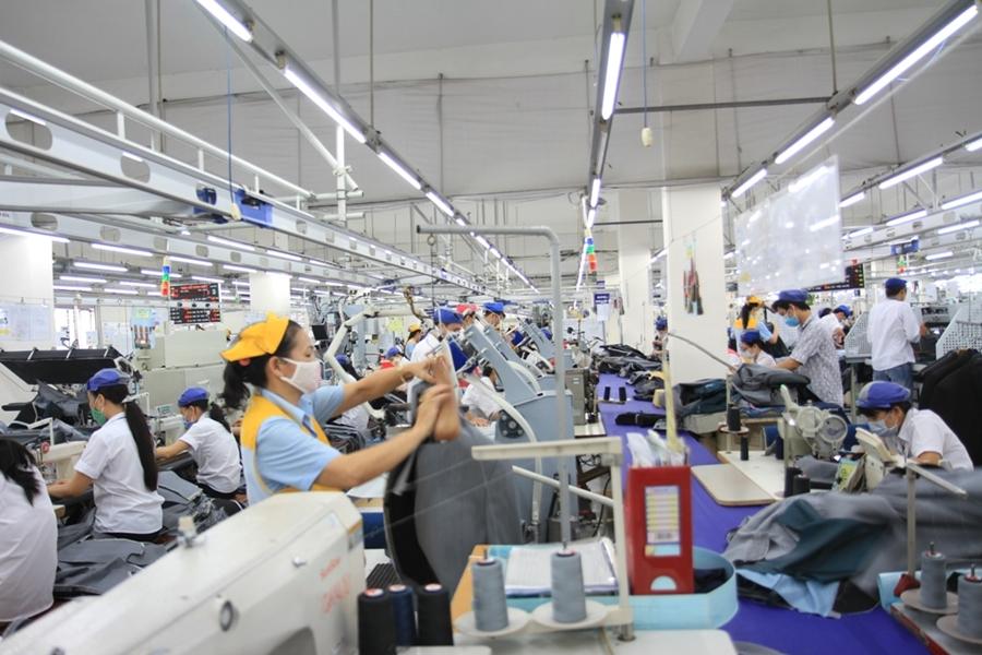 Tìm nguồn hàng bán online từ xưởng sản xuất
